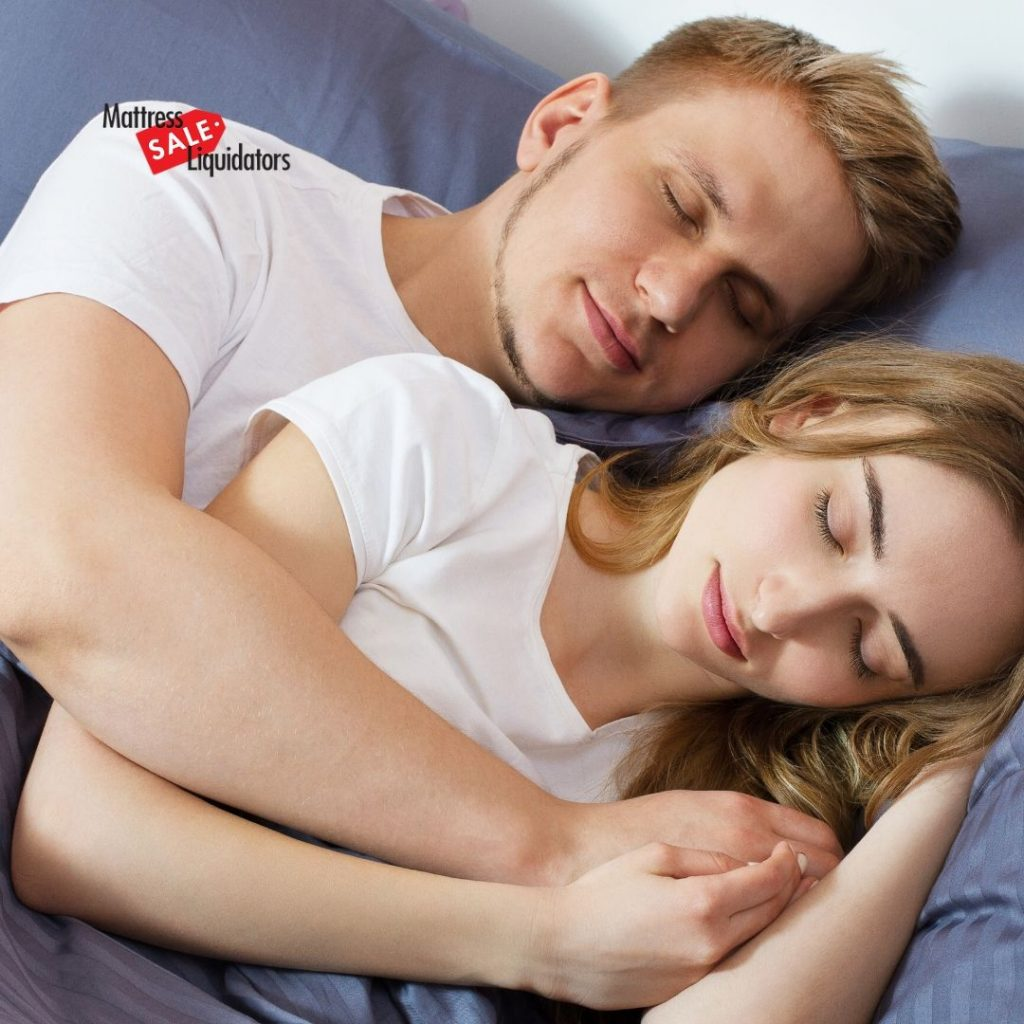 Orange-County-Mattress-Experts-Weigh-In-on-Queen-Sized-vs-King-Sized-Beds-for-Couples